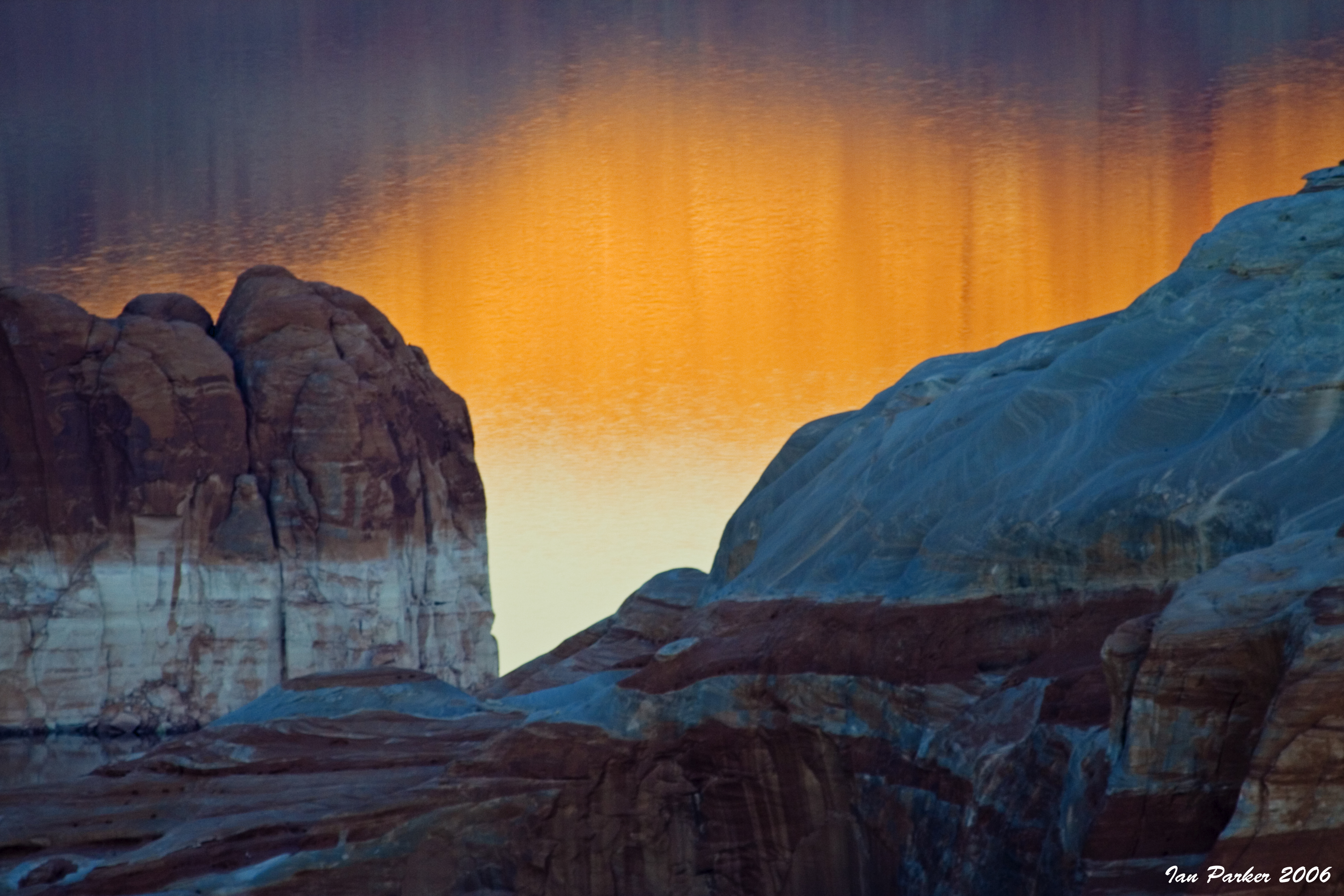 Evanescent Light Lakepowell And Glen Canyon